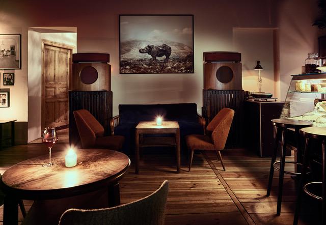 ドイツ・ベルリンで「東京のジャズ喫茶」をテーマにした写真展   ARBAN