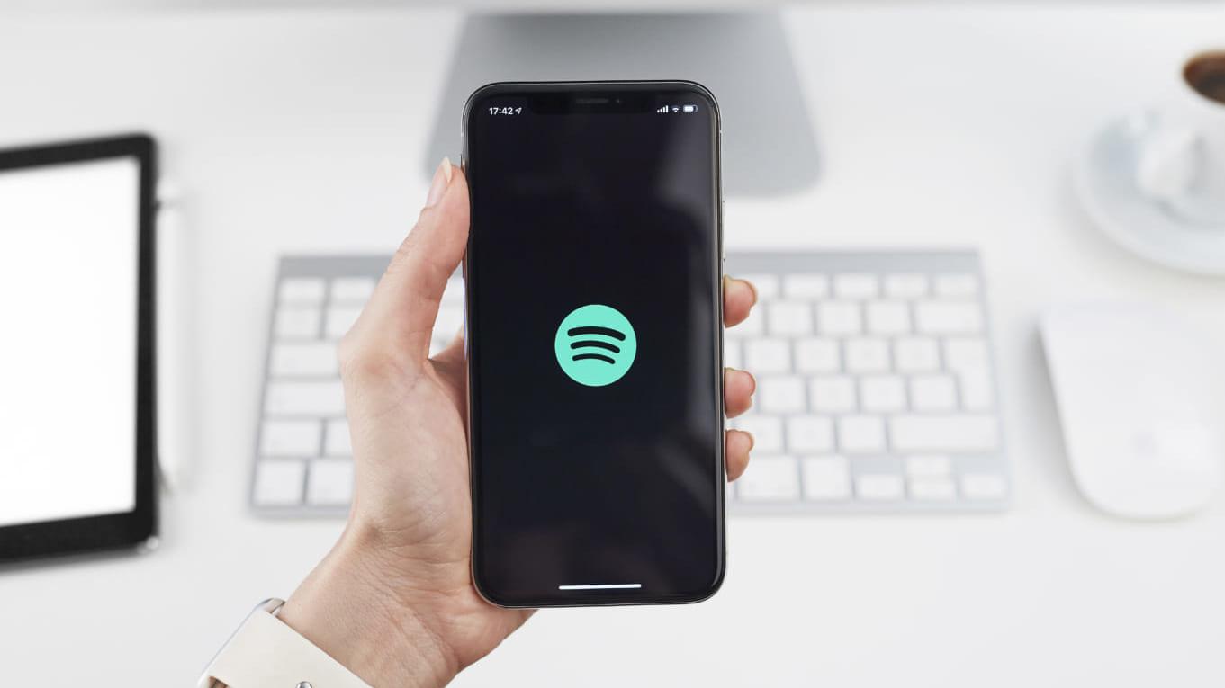 Spotifyを使用している様子