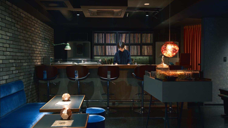 ミュージックバー、レコードバー、渋谷ミュージックバーアナログの店内写真