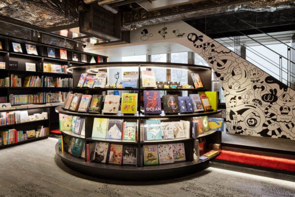 六本木 蔦屋書店の絵本コーナー